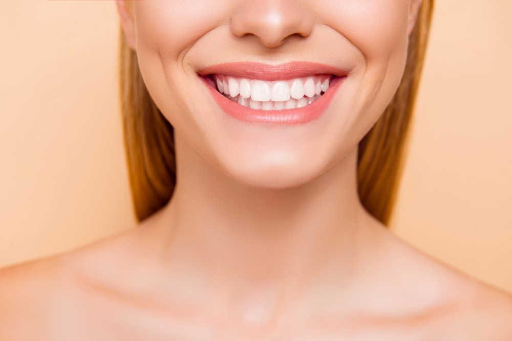 Los cinco tratamientos dentales que te solucionarán la vida